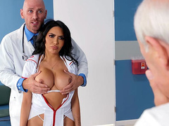 Get It Up Grandpa Featuring Lela Star - Brazzers HD