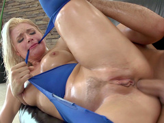 Anikka Albrite in torn tights is ready to get bonked by noble stallion