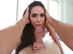 Lela Star uses mouth to help guy with camera overcome excitement