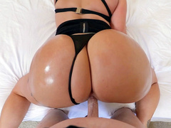 Man fucks mom Eva Notty in doggystyle looking at incredibly big ass