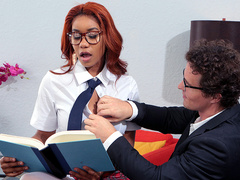 Brazzers HD: Banging The Bookworm Starring Jenna Foxx