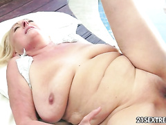 Dirty mature whore pays a worker with furry twat