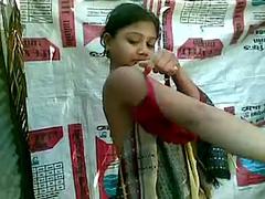 Amateur Indian Seductive Teen Taking Outdoor Shower