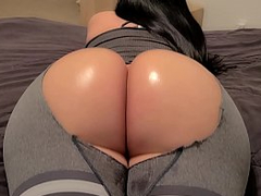 Uk  thick milf will make you horny on webcam stripping - XXX Porn