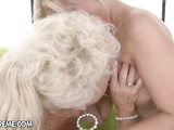 Horny mature bitch Effie spoils a lil blonde cutie